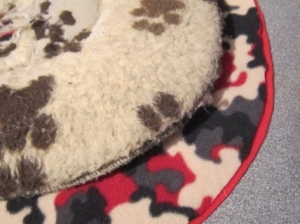 the-posh-dog-clothing-company-fleece-bed-cover-2
